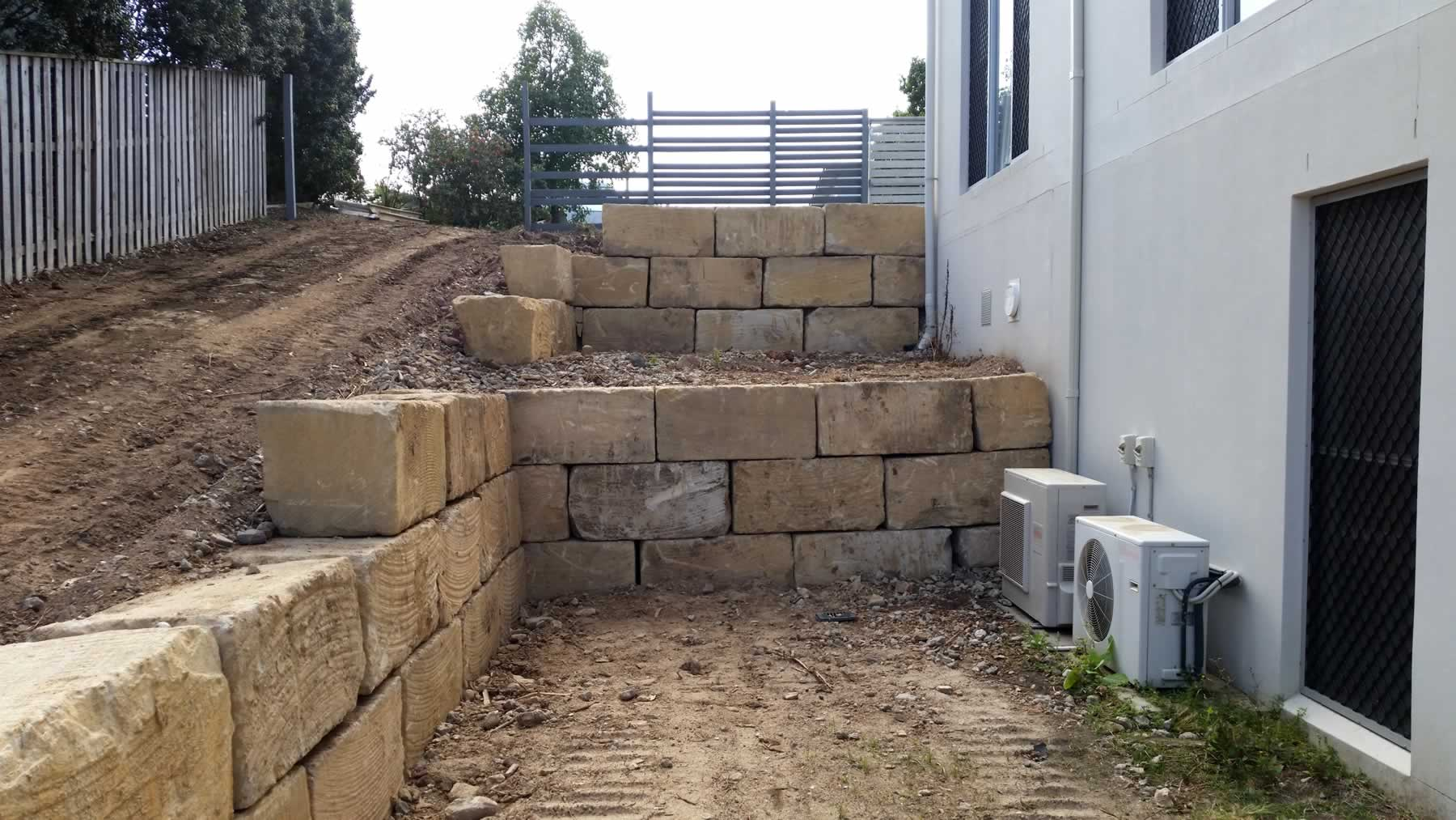 A-Grade Sandstone retaining wall gold coast residential