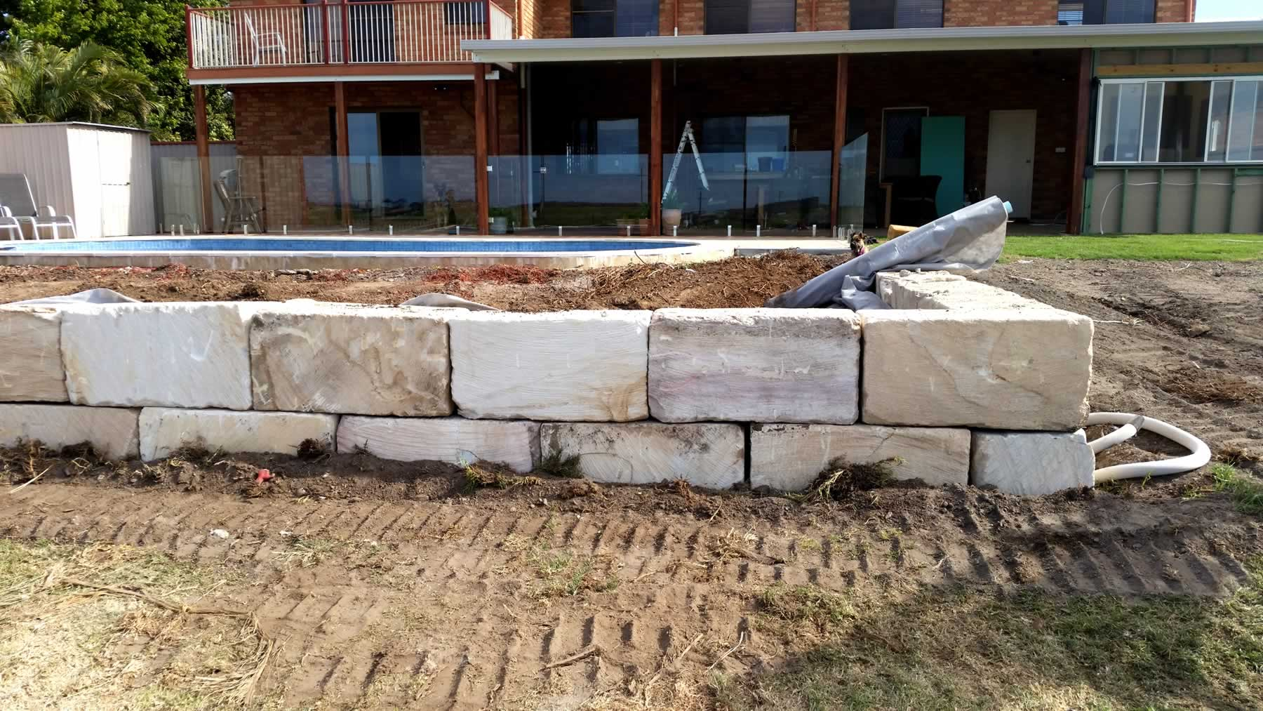 A-grade sandstone wall swimming pool retaining gold coast
